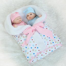 Wholesale Vinyl 24 - 10'' Cuddly Dolls Bonecas Bebes Reborn De Silicone Soft Full Vinyl Baby Alive Mini Doll Washable Bathtime Lifelike Toys Hobbies