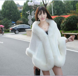 Wholesale Warm Elegant Wool Coats - Winter Faux Fur Wedding Wraps 2017 Elegant Women Warm Wool Shawls White Black Bridal Shawls Special Occasion Capes Coats