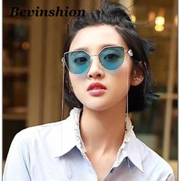 Wholesale Superstar Accessories - Vintage Cat Eye Sunglasses Women Wing Pearl Chain Eyewear Accessories Sun Glasses Clear Retro Superstar Same Eyeglasses Lunette Shades Metal