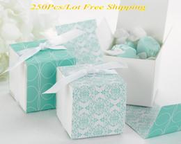 Wholesale Damask Wedding Favor Boxes - 250pcs lot New Design Favor box Reversible Aqua Damask Wrap Wedding Gift Box For box Wedding favor and Party gift box Express Free Shipping