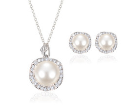 Wholesale Foreign Bride - Foreign trade bride rhinestone pearl necklace earring sets wedding jewelry European and American banquet fashion jewelry sets