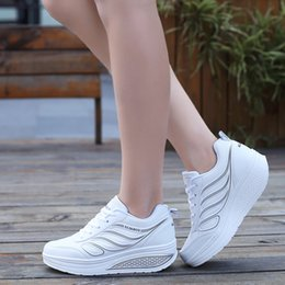 Wholesale Closed Wedge Shoes - Women Casual Shoes sneakers Woman Platform Wedges 5cm Heel Hight Shook Shake Shoes Loafers Zapatillas Deportivas Zapatos Mujer sneakers