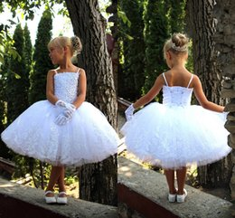 Wholesale Pricess Wedding Dresses - 2017 New Arrival Pricess White Flower Girl's Dresses Lace Applique Spaghettii Straps Knee Length Tiered Tulle Little Girls Dresses