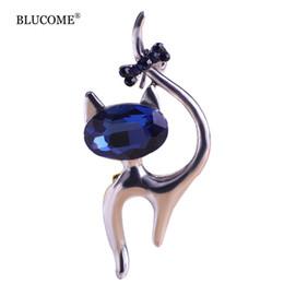 Wholesale Broach Collar - Cute Blue Cat Brooches Wedding Broach Hijab Pin Hippocampal Broches Gun Black Plated Brooch Bouquet Women Corsage Animal Collar