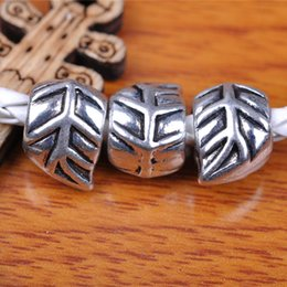 Wholesale Tibetan Silver Leaf Beads - Hualu 7296 100pieces 12*9mm 3D Leaf Spacer Beads 5mm Hole Retro Silvery Pendant Tibetan Silver Jewelry Making Fingding For necklace Bracelet