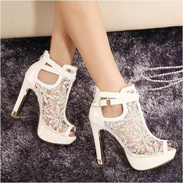 Wholesale Women Shoes Sandals Lace Platform - Sexy Black And White Lace Summer Boots Women High Heels Peep Toe Platform Buckle Wedding Shoes Sandals Cutout Boots 11cm High Heel
