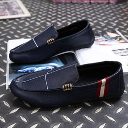 Wholesale Loafers Elastic - Free Shipping Red Men's Casual Flats Fashion Brand Designer Genuine Leather Loafers Male Business Oxfords Dress Shoes