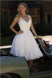 Wholesale Beach T Shirt Vintage - Vintage Designer Wedding Dresses Deep V Neck Short A Line Bridal Dress Gown Casamentos Lace Vestido De Noiva 2016