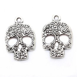 Wholesale Silver Skull Charms - 100pcs lot Trendy Rhinestone Alloy Skull Head Tones Skull Jewelry Findings Pendant Charms For DIY Making
