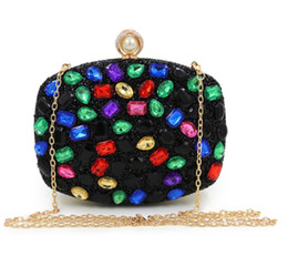 Wholesale purple wristlet - Wholesale 2017 female sparkling handbags, side diamonds, crystal flowers, shoulder bags, dinner bags, wedding fashion handbags