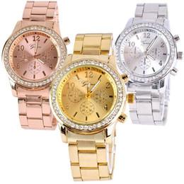 Relógio de liga de strass genebra on-line-Genuine cristal de ouro assistir quartzo strass mens liga relógios relógios de aço inoxidável mulheres se vestem relógios analógicos senhoras casual relógio de pulso