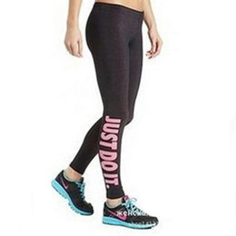 braceletes crossfit Desconto Atacado-2016 Mulheres Yoga Calças Esportes Jogging Correndo Spandex Leggings Carta Impresso Mulheres Ginásio Calças De Fitness
