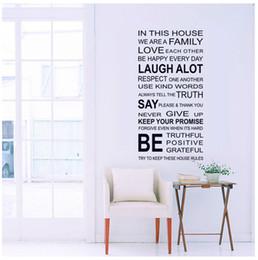 DANS CETTE MAISON Anglais BRICOLAGE Stickers Muraux Décor À La Maison Salon Chambre Stickers Muraux Décoration de La Maison, NOUS SOMMES FAMILLE Papier Peint ? partir de fabricateur