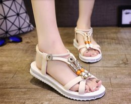 Wholesale European Fashion Girls Sandals - The 2016 Summer European toe sandals Bohemia girl Beaded thick bottom flat students set foot all-match shoes