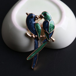 Wholesale Cheap Animal Brooches Pins - 2016 New Fashion Cute Double Birds Brooch Classic Magpie Broche Pin Women Enamel Parrot Jewelry Cheap Accessorries DHH108