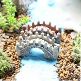 Wholesale Bridge Crafts - 200pcs Artificial Garden Resin Crafts Figurines Mini Bridge Miniature Landscape Terrarium For DIY Home Decoration ZA0677