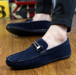 Wholesale Men Peas Shoes - Hand Made Elegant Stylish Cowhide Suede Slip-on Casual Shoes Mens Driving Moccasins Flats Loafers Shoes Peas With Buckle High Quality 2016