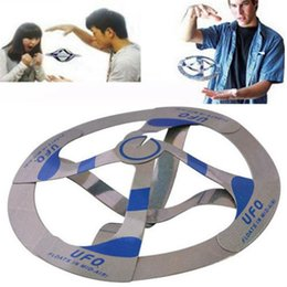 Wholesale Magic Bag Trick - UFO Floating Toy Saucer Magic Tricks Flying Disk Amazing Floating Toys Magic Spinners Flying Toys OPP Bag Package OOA2819