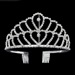 Wholesale Heart Pageant Crowns Tiaras - Luxury crown Shiny Crystal Bridal Tiara Party Pageant Silver Plated Wedding Crowns Hairband Cheap Wedding Hair Accessories Of Tiaras 2017