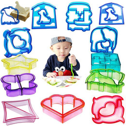 Wholesale Sandwich Shape Cutters - Sandwich Cutters Mold Crust Cutter Toast Cookie Cutters Baking Bread Presses Set Adult Kids Lunch Maker DIY Cute Shape WX-C65