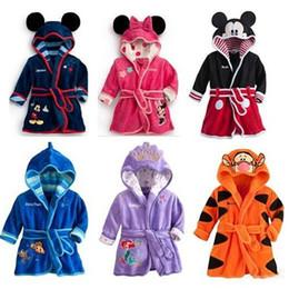Wholesale Kids Bathrobe Hooded Wholesale - Children Cartoon bathrobe Minnie Mickey Mouse Coral fleece Kids Bathrobe robes Baby toweling robe Boy Girls Kids Pajamas B0815