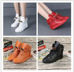 Wholesale Leather Outfits For Women - 2016 autumn outfit for shoe lace locks high fashion female boots in the round head increased anti-slip Martin boots