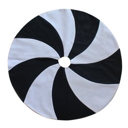 """Wholesale Extra Large Ornaments - Wholesale- EXTRA LARGE 36"""" 50"""" Patchwork White and Black Lollipop Design Christmas Tree Skirt Fashionable Skirt Home Decoration"""