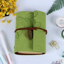 Wholesale Wholesale Vintage Diary - Portable Notebook Creative Notepads Classical Travel Diary With Leaf Bueatiful Souvenir Loose Sheet Vintage Gift For Student Colorful