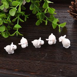2019 miniature all'ingrosso del giardino Wholesale- 5 Pz Kawaii Mini Pecore Animali Casa Micro Fairy Garden Figurine Miniature Doll Toys Home Garden Decor Accessori fai da te sconti miniature all'ingrosso del giardino