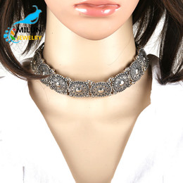 Wholesale Metal Copper Collar Necklaces - 2016 Newest Indian Jewelry Handmade Alloy Collar Necklace Hollow Lace Peach Heart Coin Vintage Statement Metal Choker Necklace For Women