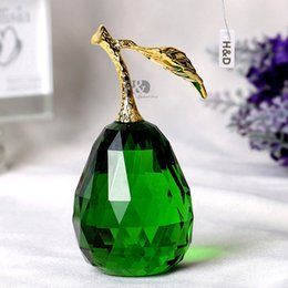 Wholesale K9 Ornament - 96mm K9 Crystal Fruit Pear Paperweight Souvenir Smoothy Pretty Vegetable Gifts Crafts Souvenir Home Decoration