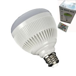 Bombilla de luz inteligente bluetooth online-E27 Smart Bulb Light Dimmable 12W RGBW Altavoz inalámbrico Bluetooth Bulb Music Playing LED Lámpara de luz con 24 teclas de control remoto con paquete