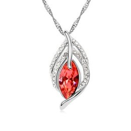 Wholesale Flying Heart Necklace - Free Shipping Fashion jewelry Austrian crystal Flying Leaves pendant necklace,white gold plated collarbone chain wholesale price