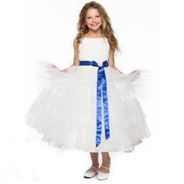 Lovely Flower Girl Dresses 2015 Una linea di lunghezza del tè Ragazze Wedding Party Dress Pageant Abiti con Bateau Neck Tiered Tulle e Sash da abiti da sera in giallo perline da bambini fornitori