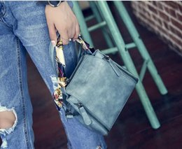 Wholesale Navy Blue Leather Handbags - Classic Leather black gold silver chain Free shipping hot sell Wholesale retail 2016 new bags handbags shoulder bags tote bags messenger