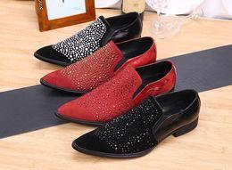 2019 barco sapatos negócio casual Venda quente de luxo homens red strass business casual sapatos de couro moda preto barco sapatos sapatos de casamento desconto barco sapatos negócio casual