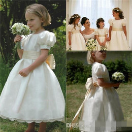 Wholesale Girls Church Dresses - Girls' Beauty Flower Pageant Dresses For Baby Kids Cheap Communion kate Middleton Vintage Church Junior Birthday Wedding Party Gowns