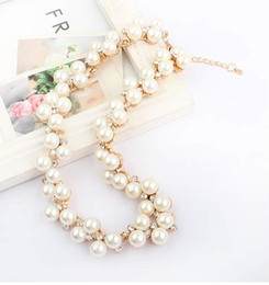 Wholesale Golden Chains For Wedding - 2016 New Charming Women's Fashion Shiny Alloy Golden Rhinestone Faux Pearl Beads Necklace Jewelry For Casual Wedding