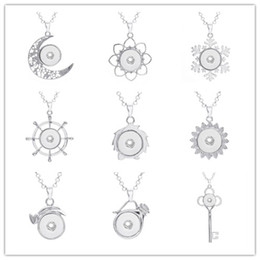 fit key ring Promo Codes - Snap Buttons Jewelry Key Moon Snowflake Ring Pendant Necklace With Charm Chain Necklace Fit 18 20mm Snaps Necklace Jewelry Women ZG008