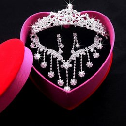 Wholesale Crown Packaging - Hot sale Exquisite packaging Bride jewelry tiaras Crystal Earbob Crystal Necklace Three piece full set Have in stock
