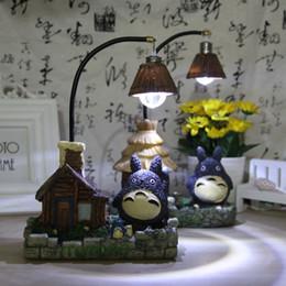 2019 decoração do quarto totoro Nova Moda Artesanato Resina Totoro Night Light LED Candeeiros De Mesa Cabeceira Nightlights Para Crianças Presente de Aniversário leds Bed Room Decor decoração do quarto totoro barato
