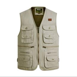 Wholesale Men Travel Vest - Fall-2016 New Arrival Summer Outdoors Travels Vests Sport Vest XL-4XL Photographer Vests Hunting Shooting Vest with Many Pocket