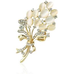 Gros Plantes Broches Pins Plaqué Or Blanc Strass Bouquet De Fleurs Broches Pour Les Femmes Mariages Robe Décoration Bijoux ? partir de fabricateur