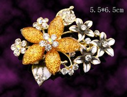 Wholesale Green Costume Women - Wholesale hot sell Women Zinc alloy rhinestone flowers fashion Brooches costume jewelry Free shipping 12pcs lot mixed color BH615