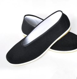 Wholesale Chinese Fu Shoes - Chinese Kung Fu Shoes Bruce Lee Style Handmade Beijing Cloth Shoes Flats Men Black Boat Shoe Breathable Father Shoes Casual