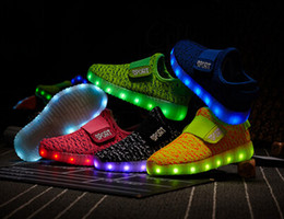 Wholesale Summer Flash - Male children summer children lights LED rechargeable light shoes children's shoes colorful luminous flash sports shoes of the girls