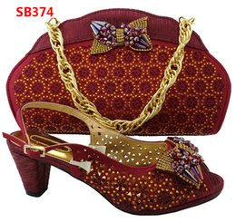 Wholesale Low Kitten Heel Sandals - 2017 New Summer Style Pumps Shoes And Bag Set African Low Heel Sandals With Handbags Sets For Party Free Shipping