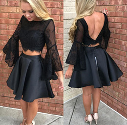 Wholesale two piece formal cocktail dresses - Two Pieces Black Applique Pleats Homecoming Dresses Sexy A Line Long Sleeves Backless Short Formal Cocktail Gowns