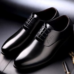 Wholesale Stealth Shoes - genuine leather men shoes dress black brown Italian fashion wedding male shoes 2017 stealth Height Increasing 6cm Shoes