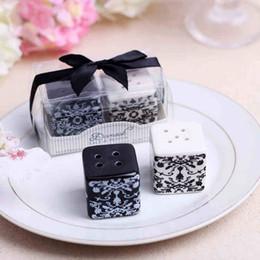"Wholesale Ceramic Salt Pot - 100pcs lot=50sets ""Damask"" Ceramic Salt and Pepper Shakers Pepper Pot Caste Shaker Salt Seasoning Pot Wedding Gift"